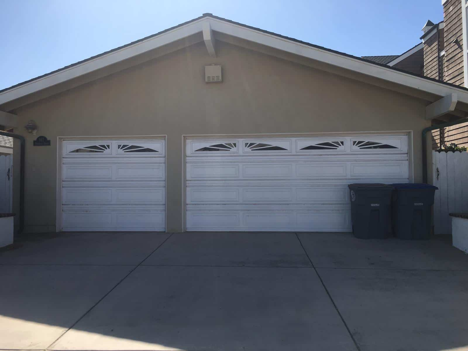 garage door repairs In White Center