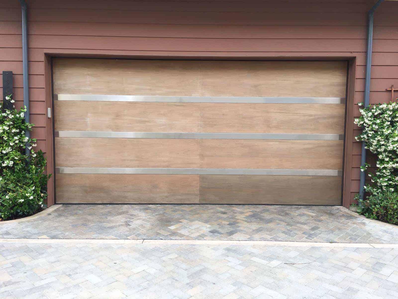 garage door installations In Buckley