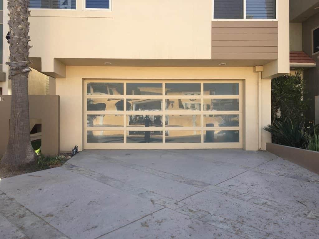 Millbrae Garage door repair and replacement