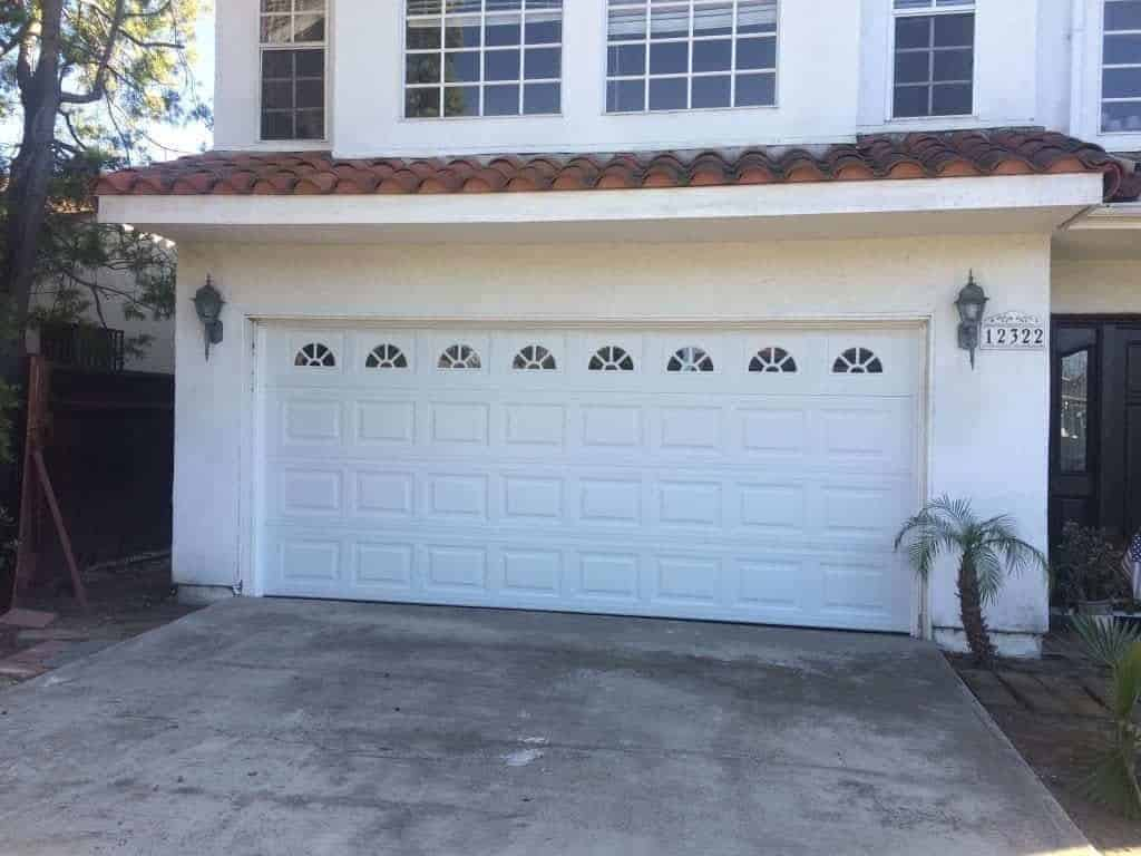 Sacramento Garage door repair and replacement