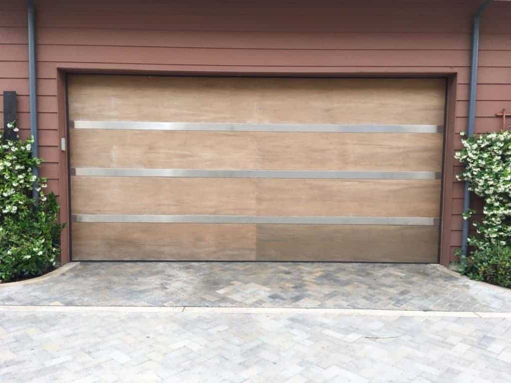 Bloomington CA Garage Door Repair & Replacement
