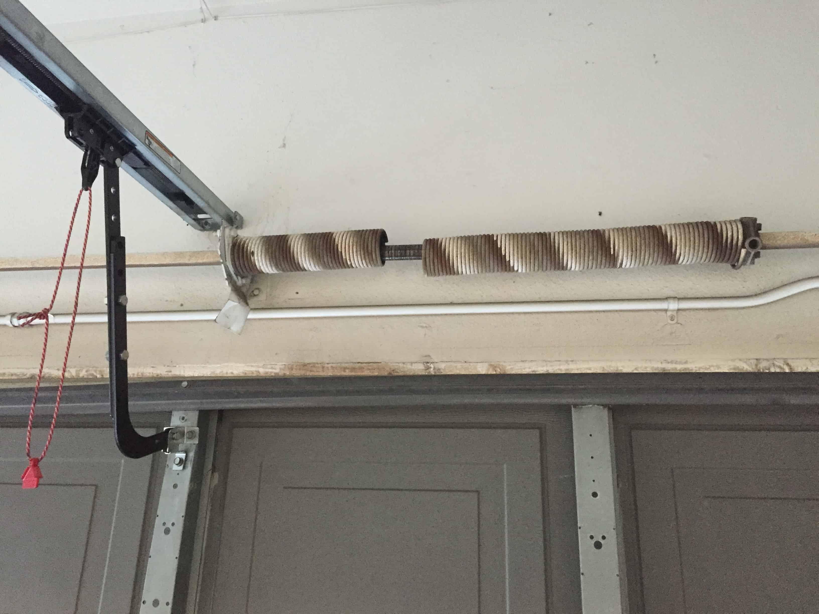 garage door spring repair In Lynnwood