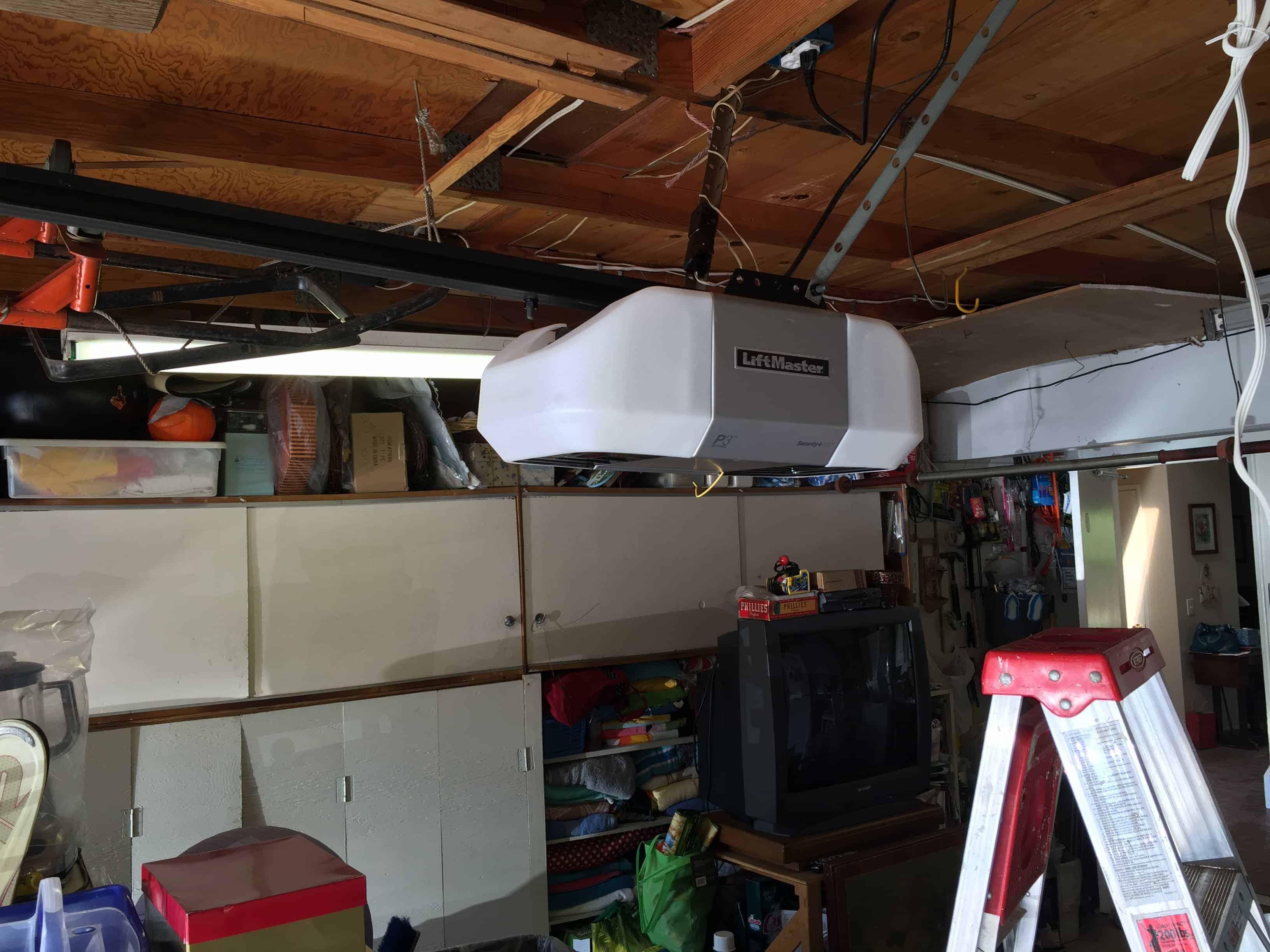 Los Altos Hills Garage door repair and replacement