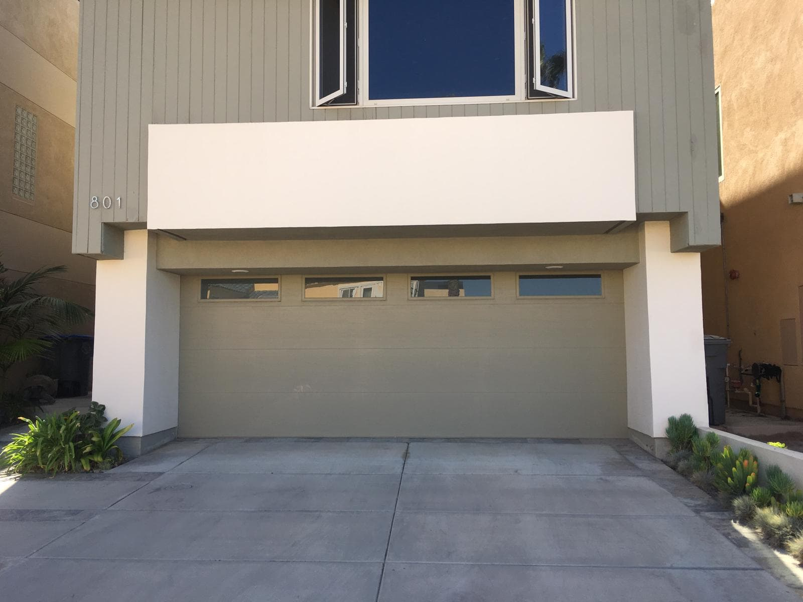 San Bruno Garage door repair and replacement
