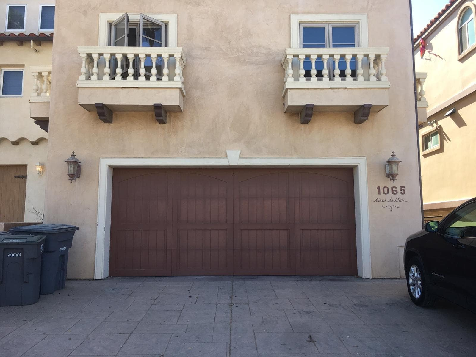 North Highlands Garage door repair and replacement