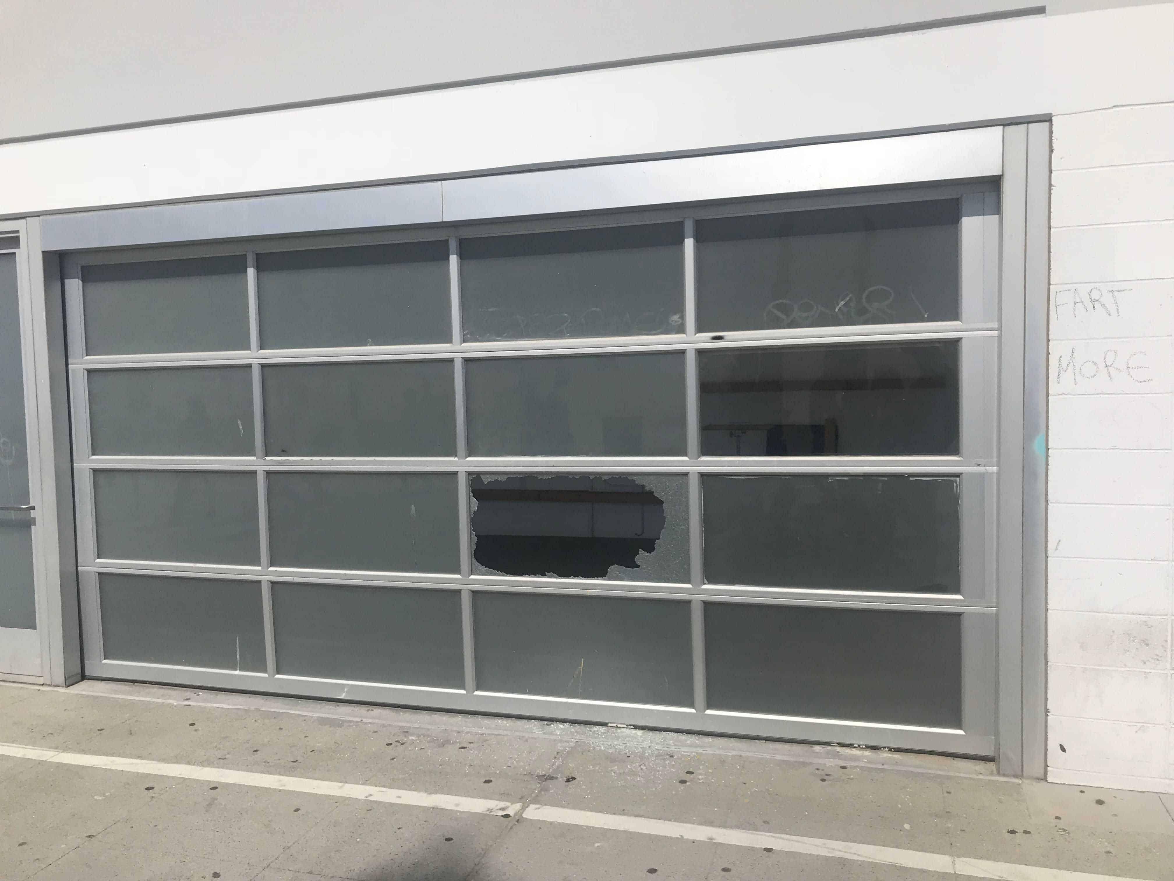 Hollywood Hills Garage repair & replacement