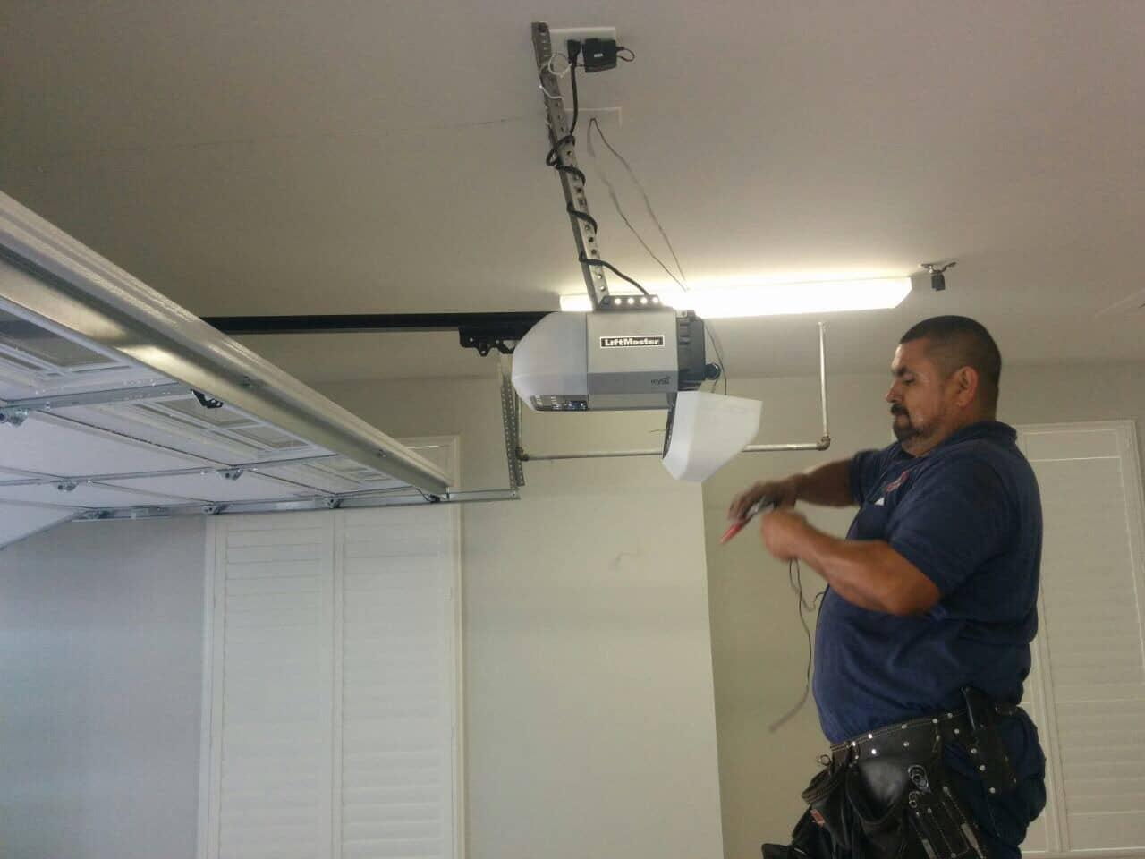 Camino Garage Door Repair, Installation & Replacement