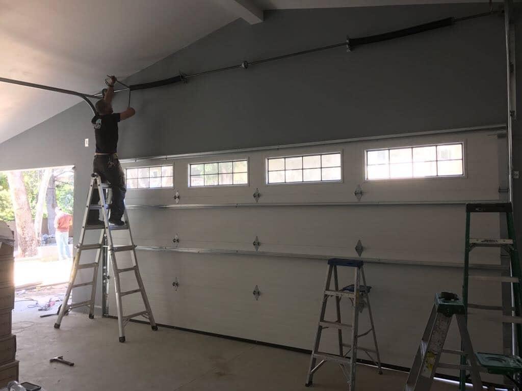 Best Garage Door Repair Contractor