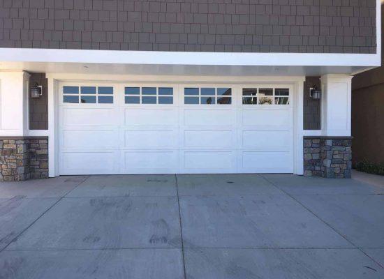 Garage Door Service For The Residents Of La Presa