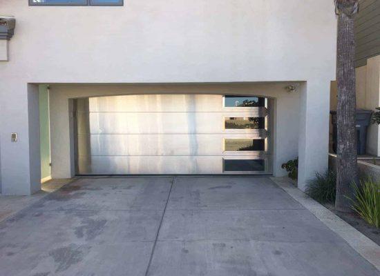 garage door replacement In White Center